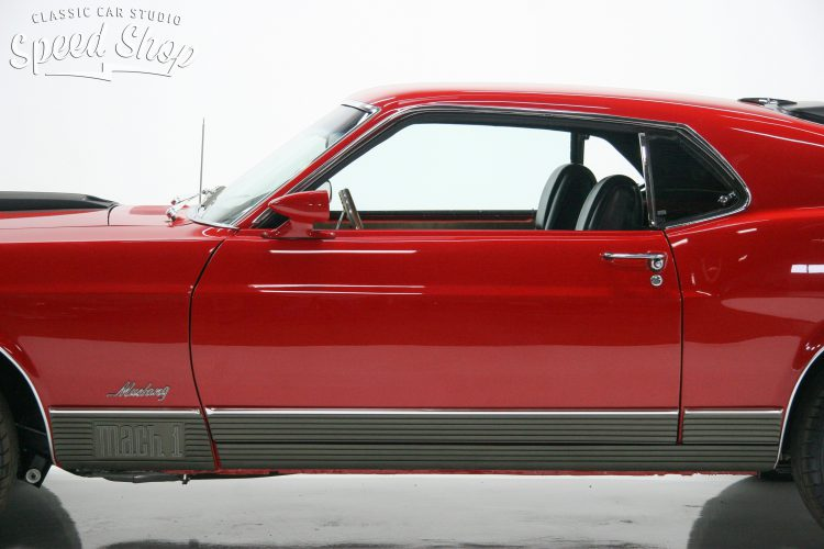 70_ford_mustang_mach_1-84