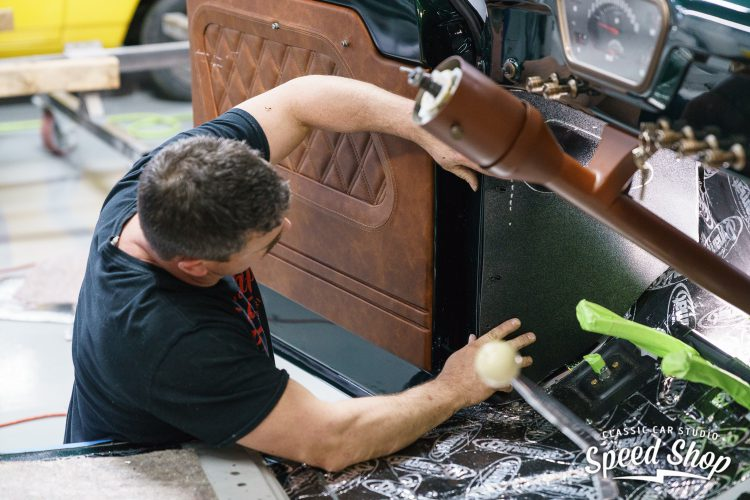 53_Ford_F100_CCS-Build Photos-323