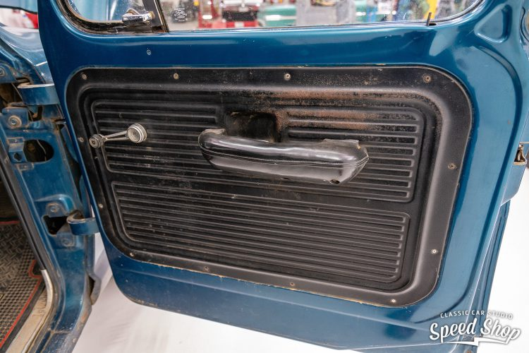 70 Ford F100 - Build Photos-23