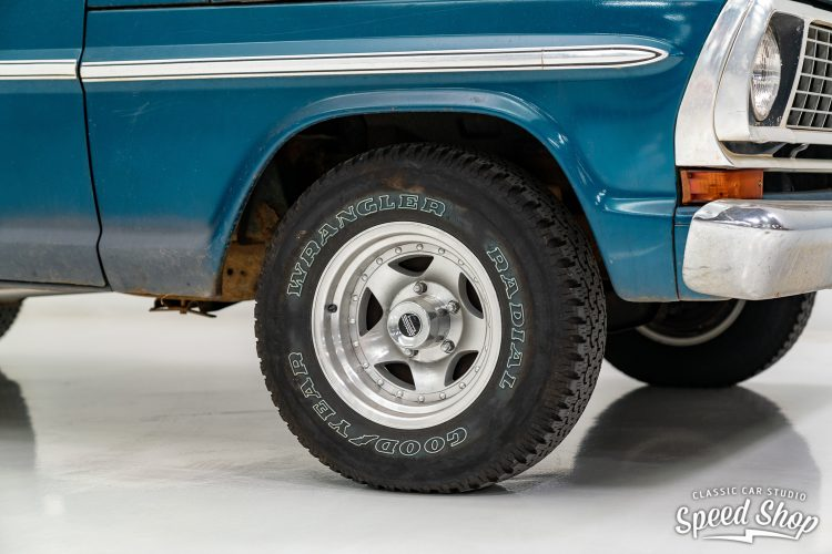 70 Ford F100 - Build Photos-5