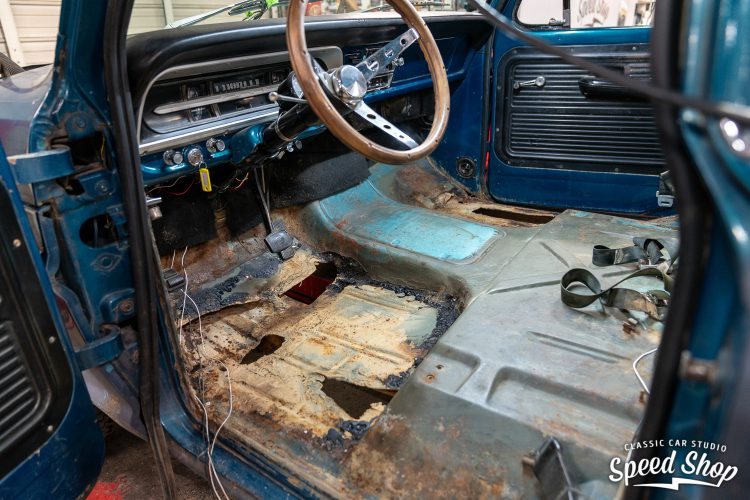 70 Ford F100 - Build Photos-68