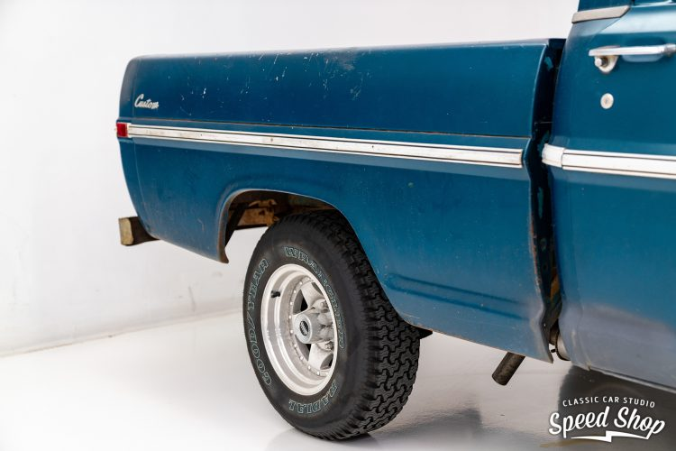 70 Ford F100 - Build Photos-7