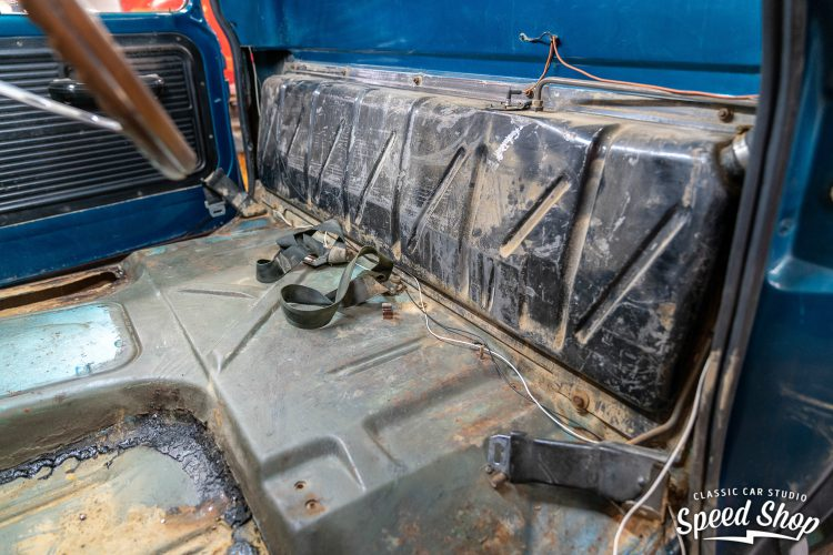 70 Ford F100 - Build Photos-71