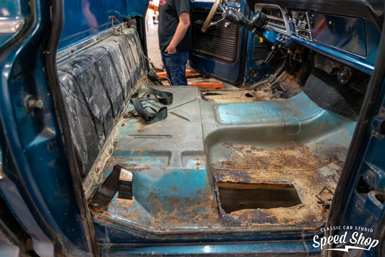 70 Ford F100 - Build Photos-76