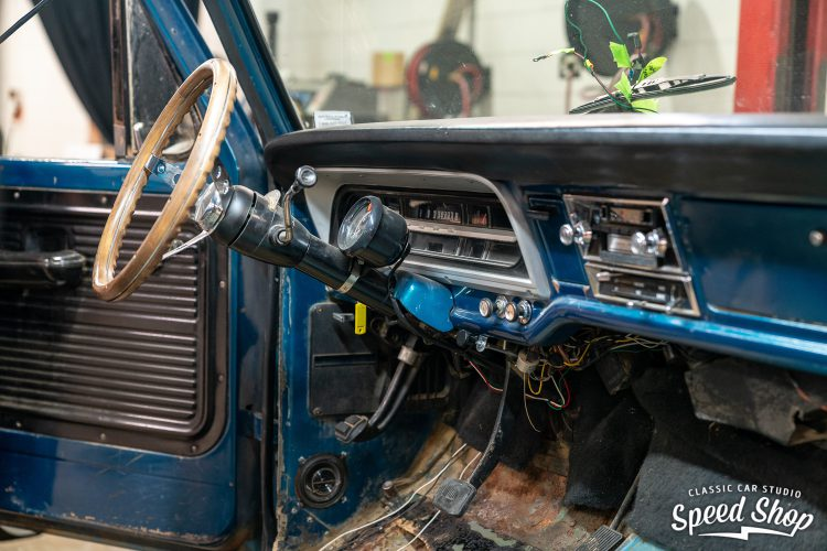 70 Ford F100 - Build Photos-77