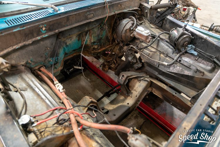 70 Ford F100 - Build Photos-79
