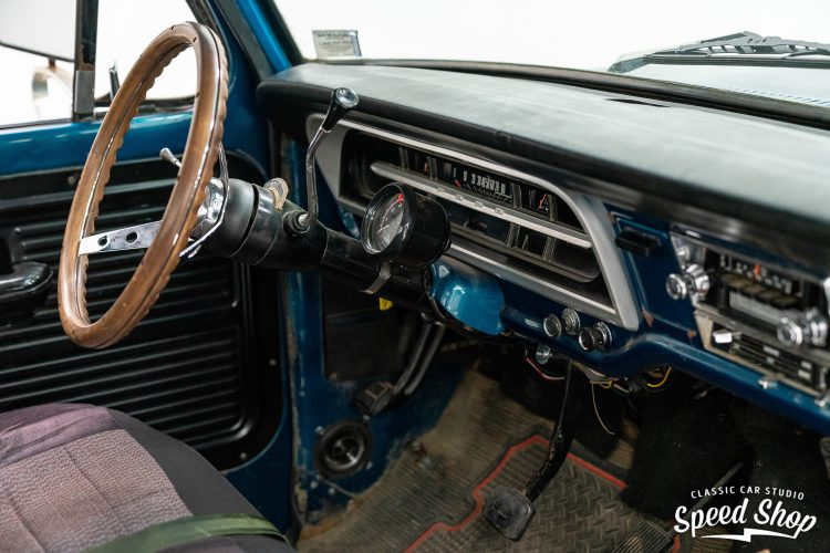 70 Ford F100 - Build Photos-9