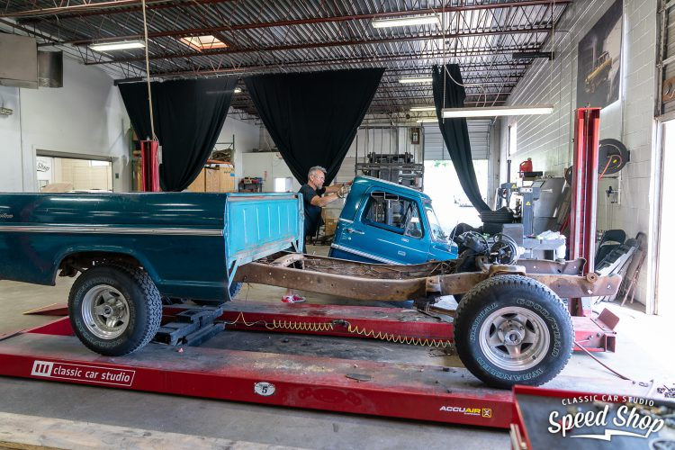 70 Ford F100 - Build Photos-98