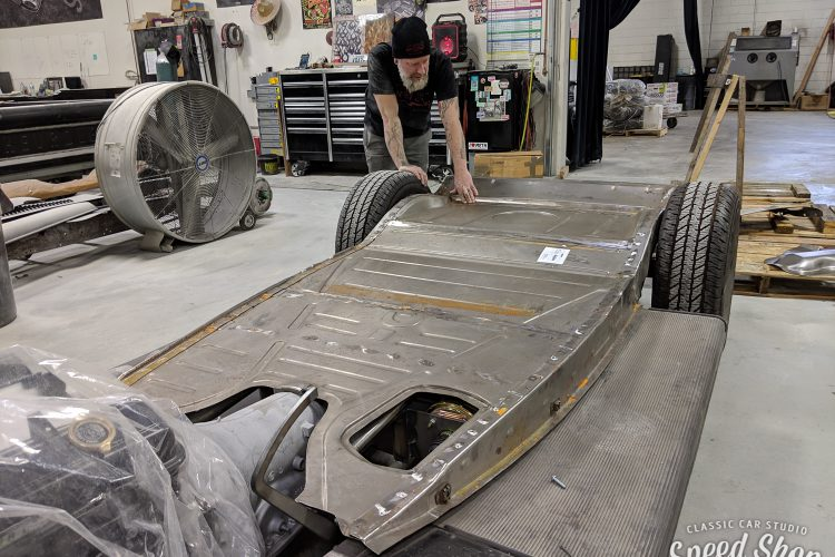 34_Ford-Build Photos-Early Shots-16