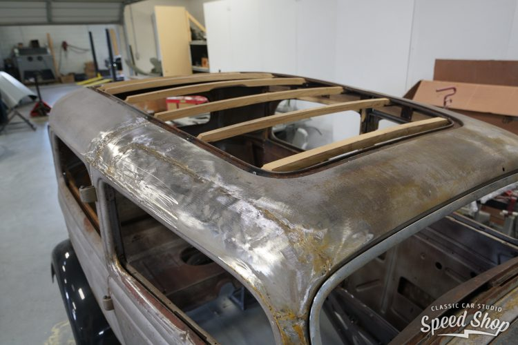 34_Ford-Build Photos-Early Shots-2