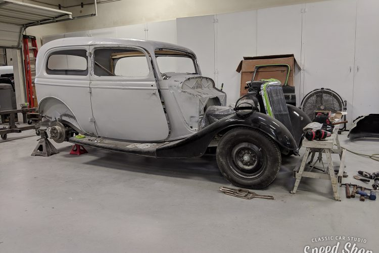 34_Ford-Build Photos-Early Shots-57