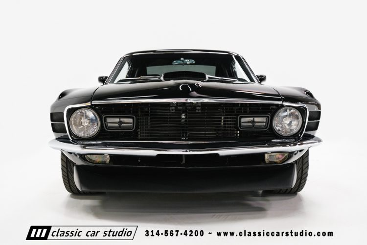 70_ford_mustang-2