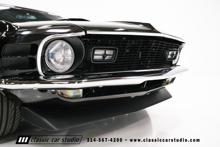 70_ford_mustang-32