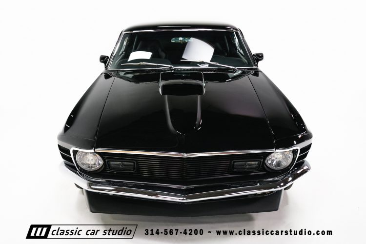 70_ford_mustang-4