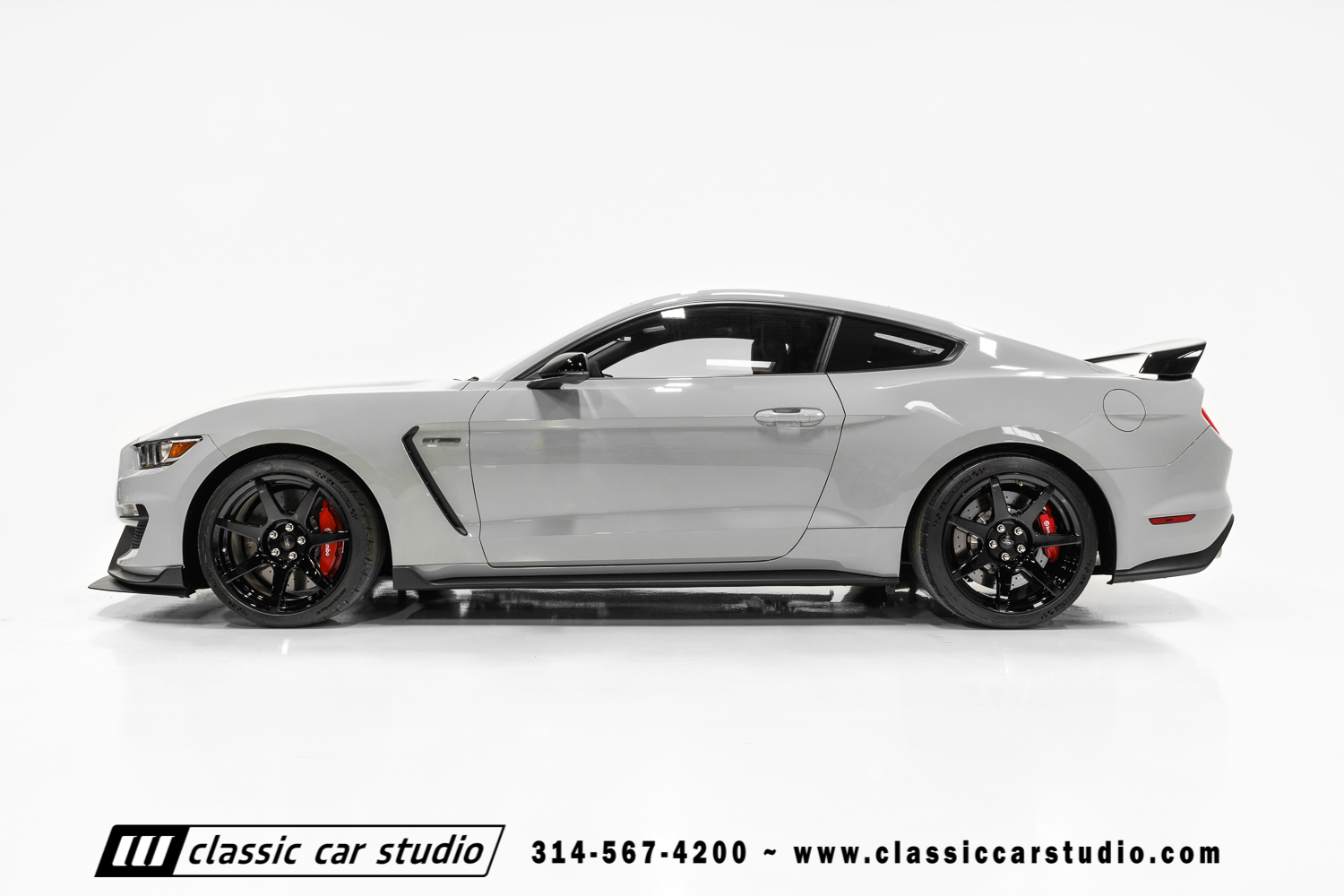 2016 Ford Mustang Shelby GT350R | Classic Car Studio