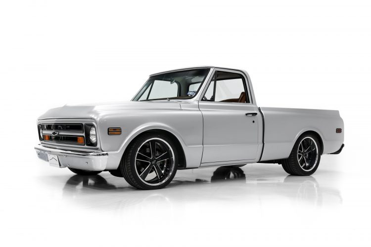 Chevy_C10_Showcase-1