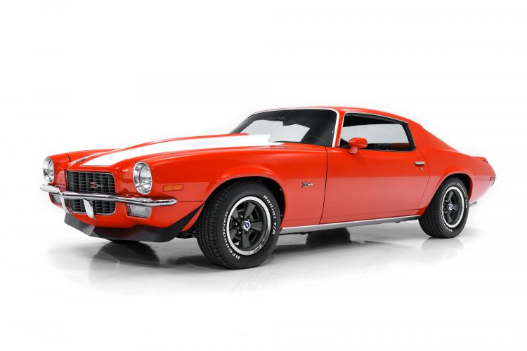 70_Camaro-Showcase-1