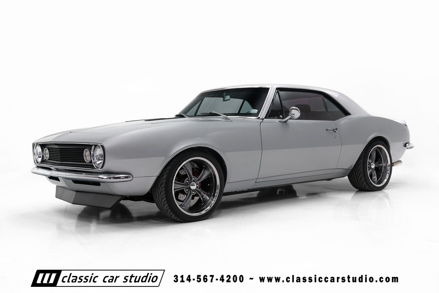 1967 Chevrolet Camaro Classic Car Studio