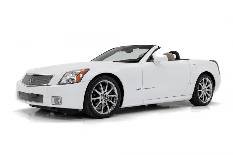 Cadillac XLR - Showcase-1