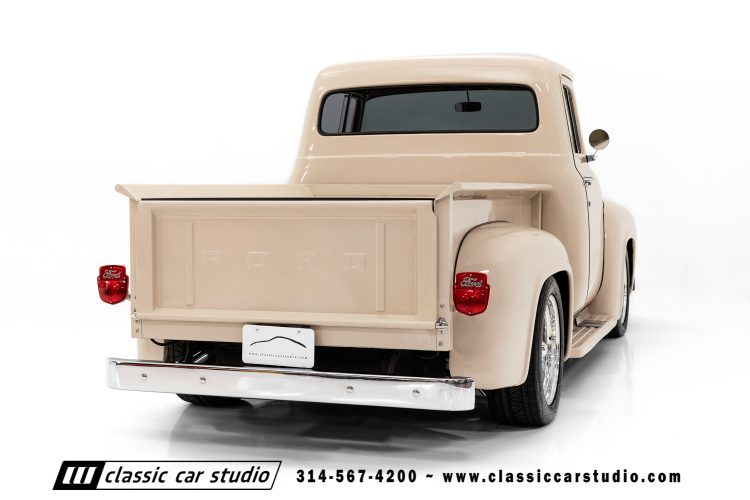 56 Ford F100-15