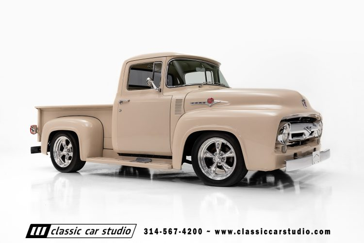 56 Ford F100-19