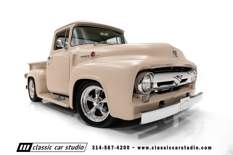 56 Ford F100-21