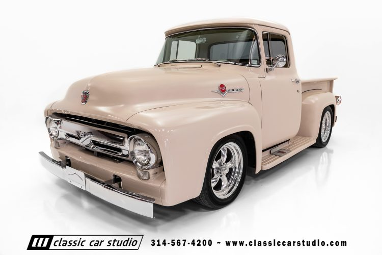 56 Ford F100-7