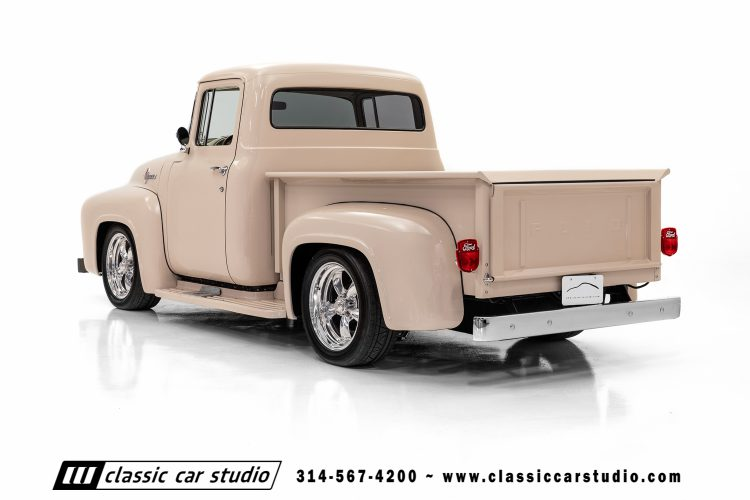 56 Ford F100-9