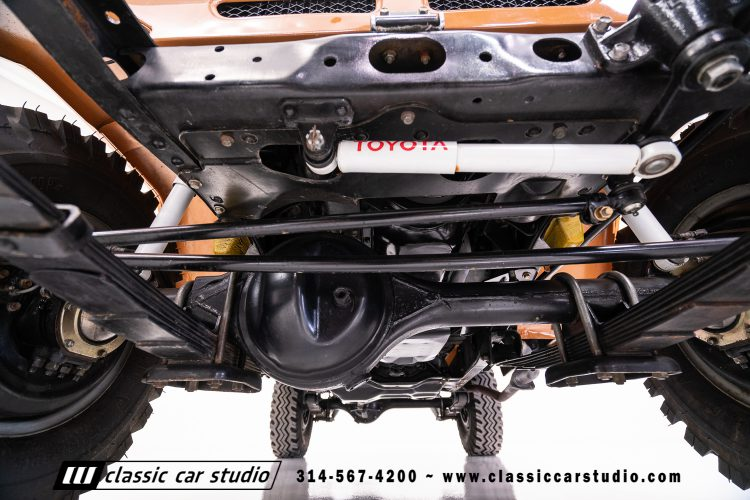 81_FJ40-#1867-Undercarriage-1