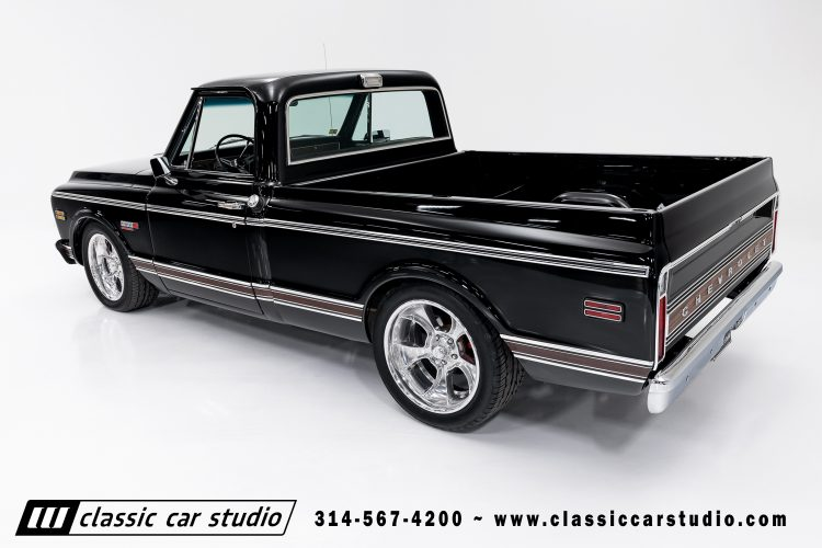 72_Chevy_C10-black-#1922-10