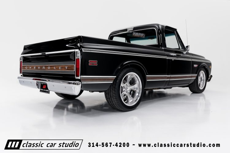 72_Chevy_C10-black-#1922-15