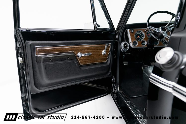 72_Chevy_C10-black-#1922-20
