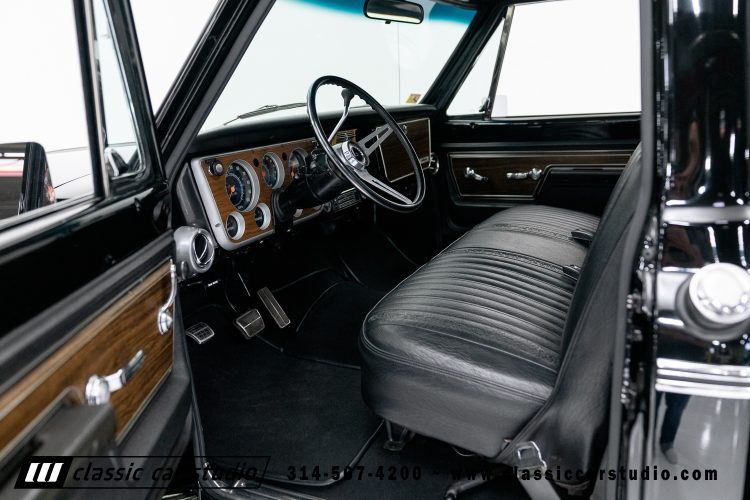72_Chevy_C10-black-#1922-22
