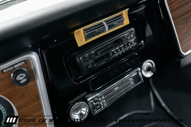 72_Chevy_C10-black-#1922-27