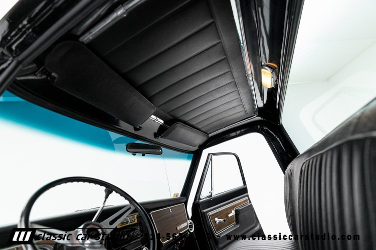 72_Chevy_C10-black-#1922-30
