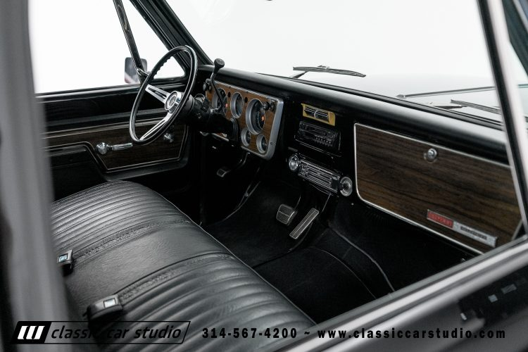 72_Chevy_C10-black-#1922-34