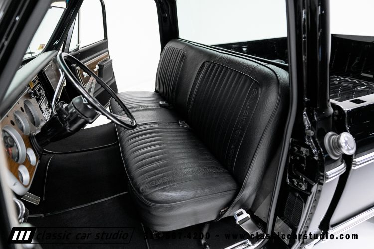 72_Chevy_C10-black-#1922-36