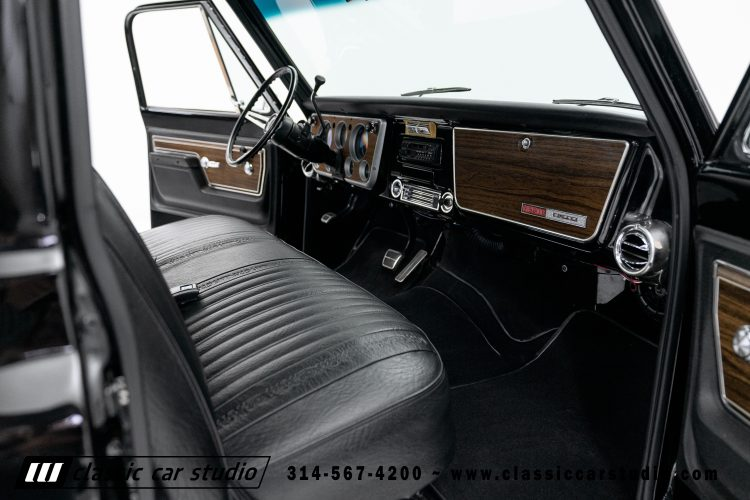 72_Chevy_C10-black-#1922-37
