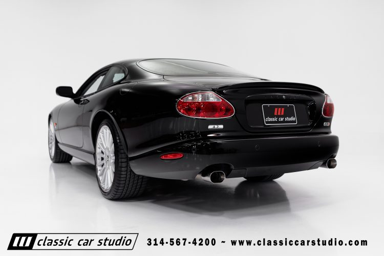 05_XKR-10
