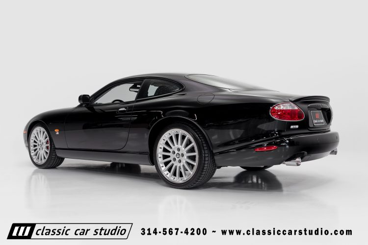 05_XKR-8
