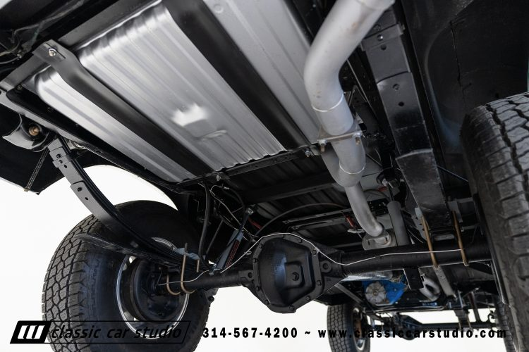 78_F250_#1970_Undercarriage-10