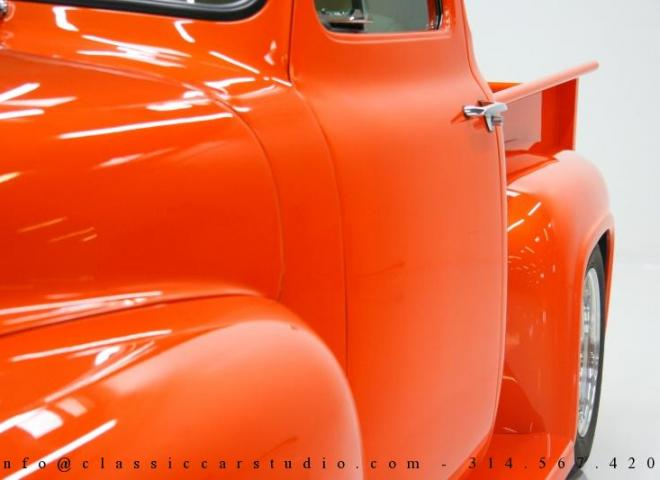 1325-1953-Ford-F100-Custom-Pickup-Truck-10