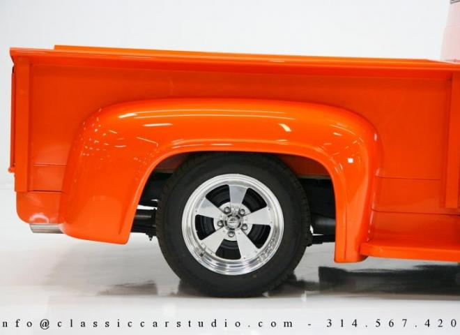 1325-1953-Ford-F100-Custom-Pickup-Truck-17