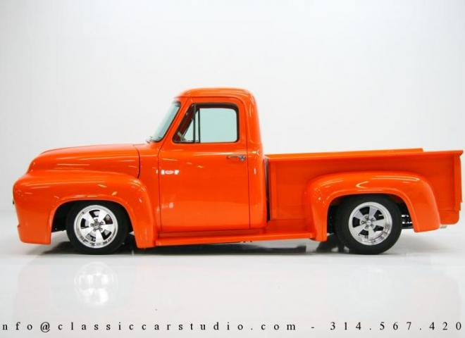1325-1953-Ford-F100-Custom-Pickup-Truck-2