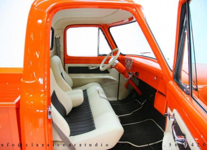 1325-1953-Ford-F100-Custom-Pickup-Truck-27