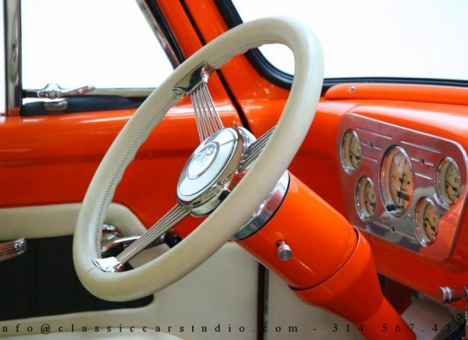 1325-1953-Ford-F100-Custom-Pickup-Truck-30