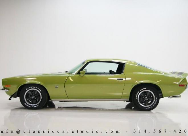 1353-1970-Chevrolet-Camaro-RS-SS-2