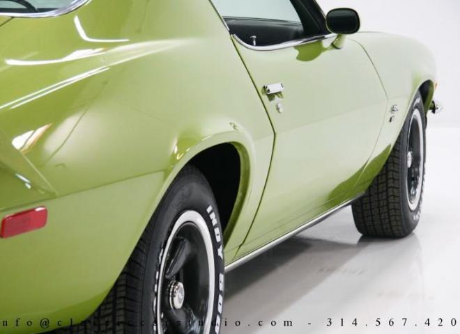 1353-1970-Chevrolet-Camaro-RS-SS-22