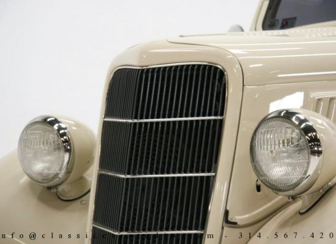 1357-1935-Ford-3-Window-10