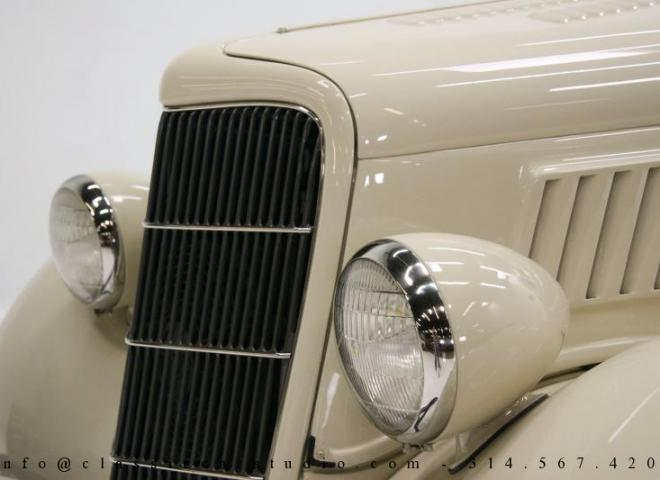1357-1935-Ford-3-Window-13